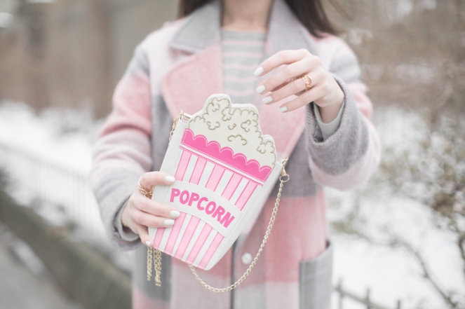 look-skinny-dip-popcorn-time-bag-novelty-copyright-paulinefashionblog-com_-3